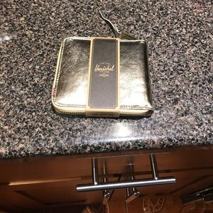 The finest quality Herschel wallet