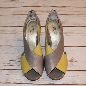 Seychelles leather wedges! Good condition!Size 7.5