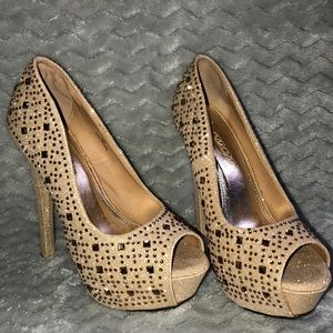 Shoes - Champagne glitz and glam heels