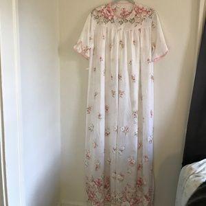 Vintage Nightgown/Robe Set