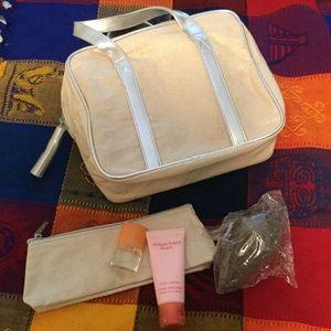 CLINIQUE travel bag set