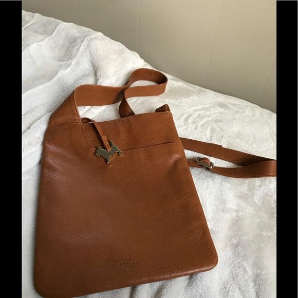 Radley London Pocket Bag Medium Zip-Top Crossbody.  M 5a0766cbbcd4a7cacb0de51f 5a8c210c64218