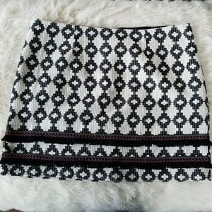 💜 5/$50 Pattern and Fringed Mini Skirt