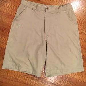 Under Armour golf/casual shorts
