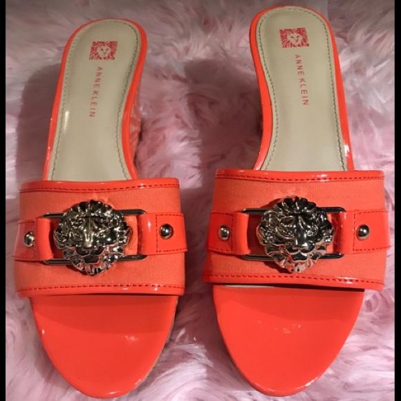 79f22dece507 Anne Klein Shoes - Anne Klein Gold Lion Platform Slide Patent Leather