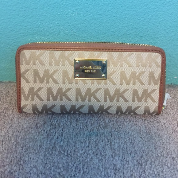 c564a8929c80 MICHAEL Michael Kors Bags | Michael Kors Signature Jacquard Wallet ...