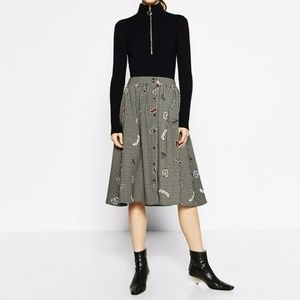 Zara Checked Skirt size S small 7751 tiger black