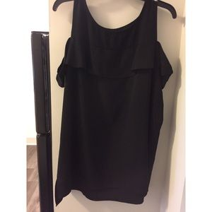 Black top with cut out shoulders