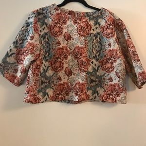 Floral top with sleeves