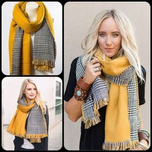 Accessories - Reversible Houndstooth & Mustard Scarf