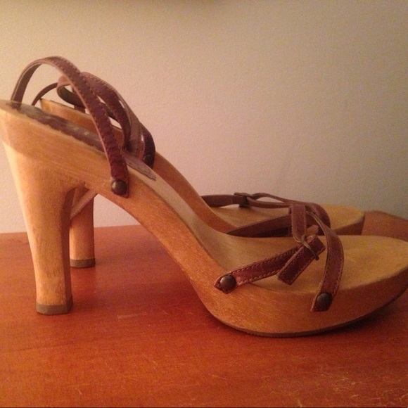 650893bd63b MIA Strappy Sexy Sandals. M 5a077d199c6fcfa6ca0e4d89