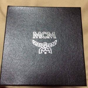 Other - Mcm belt