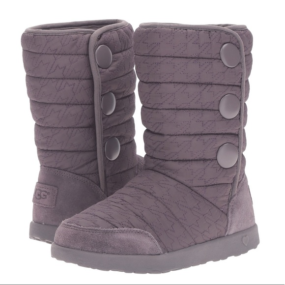 Quilted puffy houndstooth Lavender UGG boots