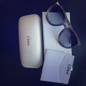 Chloe Jayme Feminine Round Sunglasses -Dark Gray.