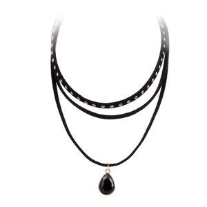 Jewelry - Black suede 3 layers chocker.