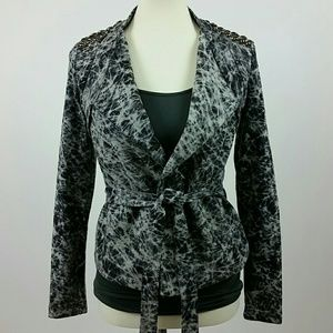 Trendy Wrap Blazer