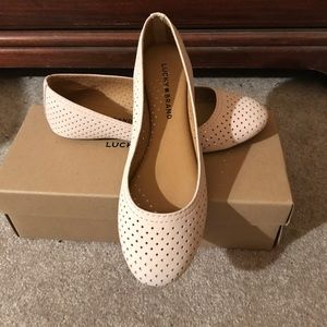 Shoes - Lucky Brand pale pink flat