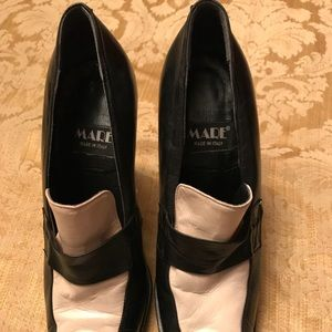 Mare shoes size 8.5 (40). Worn once.