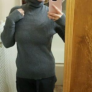 Merona turtle neck sweater