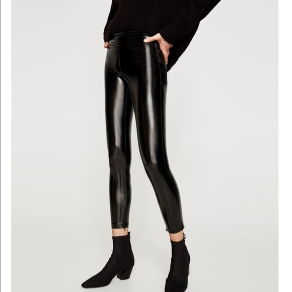31d7c825fab40a Zara Vinyl Leggings with Waistband Detail. M_5a32fbd66a583095920072a9