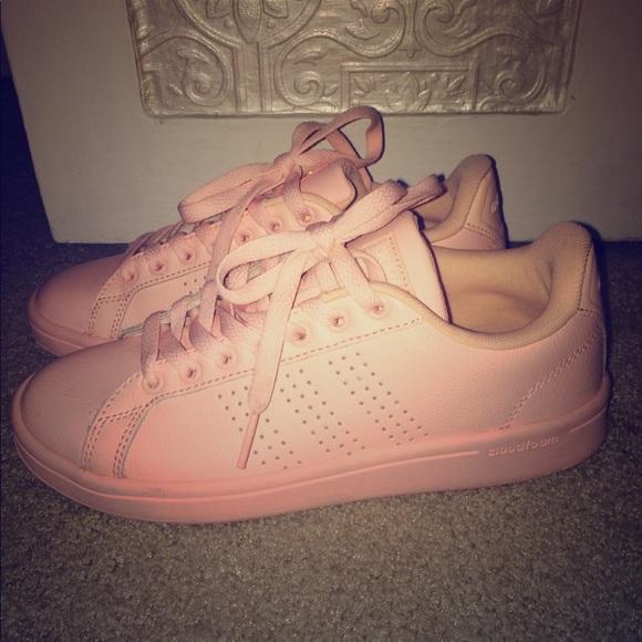 Le adidas neo rosa chiaro poshmark