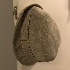 Smaller bucket/fedora hat