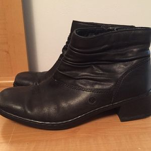 Josef Seibel women size 8 Leather Ankle boots