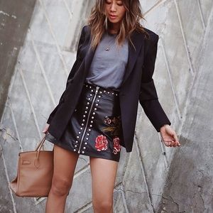 LAST ONE Embroidered Faux Leather Skirt