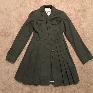 NWOT Amazing detail pleated Olive military jacket