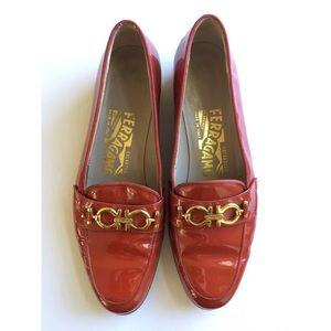 Ferragamo Patent Loafer Sz 5