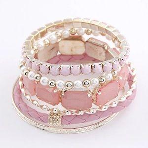 Jewelry - Multilayered bracelet