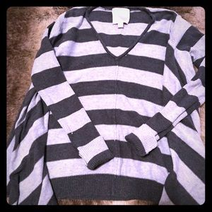 Gray Striped Sweater / Romeo&Juliet Couture