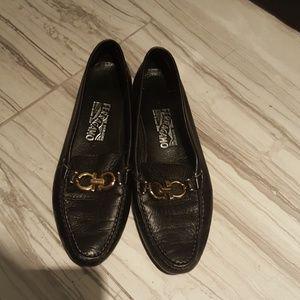 Ferragamo Womens Loafers Flats