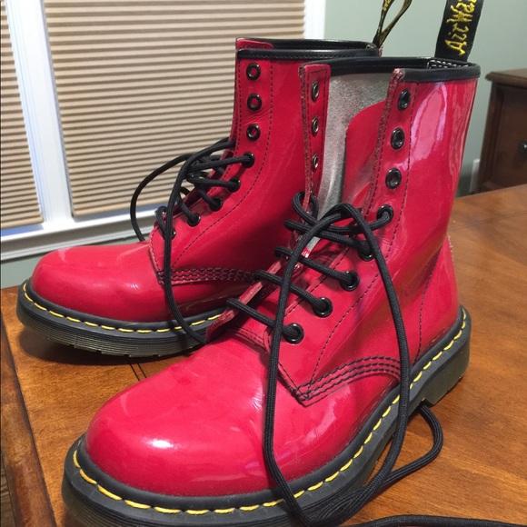 fb5eb11f98e Dr. Marten women's 1460 8-eye patent leather boots