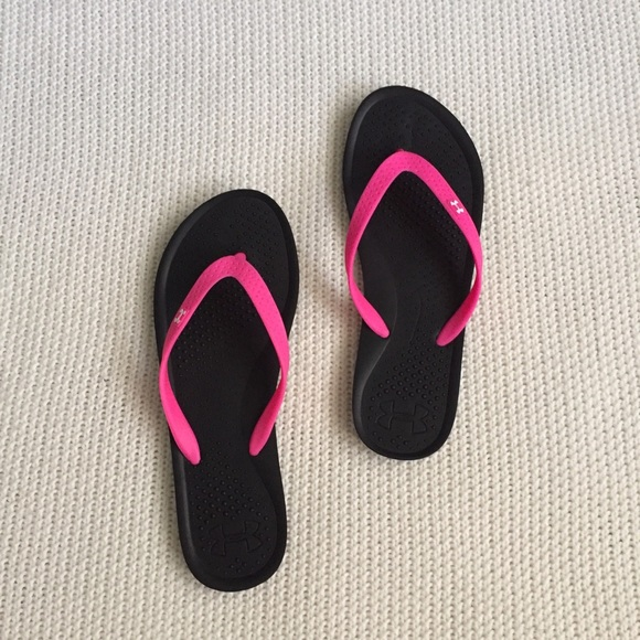 23 Off Under Armour Shoes - Nwot Under Armour Flip Flops -3900