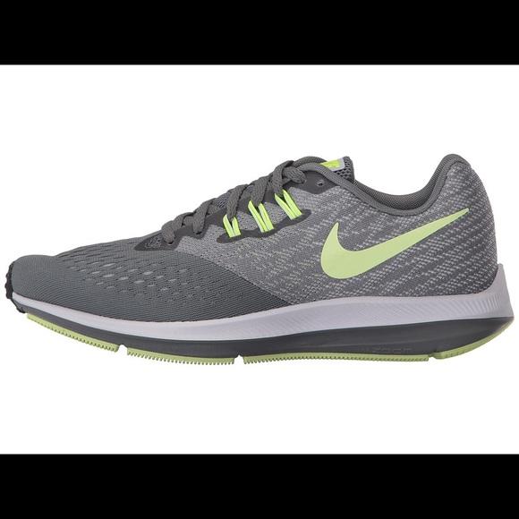 232b26712576 Nike Zoom Winflo 4 Women s Running Shoes. M 5a07e5ed4e95a3f01910631d
