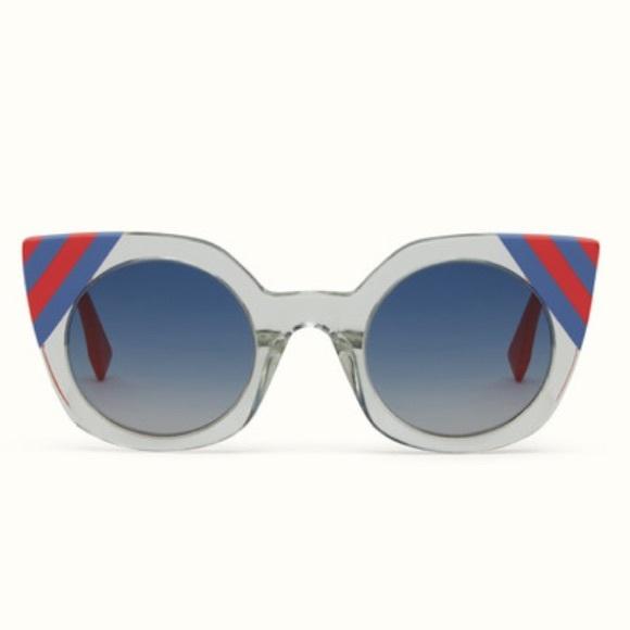 6fa132c438 Fendi Cat-eye Sunglasses Blue Gradient Lens