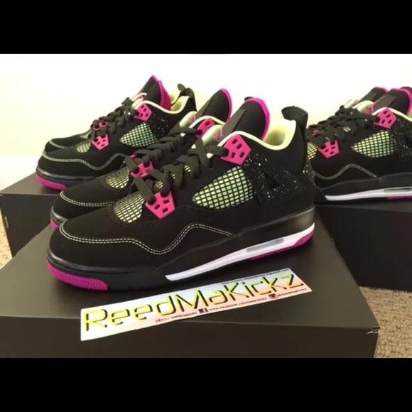 44d6679216f7 Nike air jordan 4 IV Retro Black fuchsia pink GS