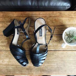 Ecco • Black T-Strap Black Heels