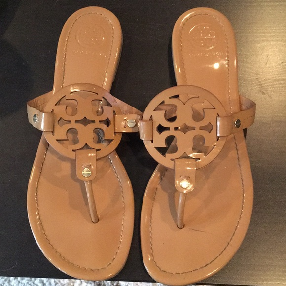 c38196a16a06b Tory Burch Miller Sandals Nude Size 10 EUC!! M 5a0872e02599fe80f8114ac5