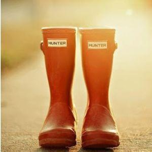 Hunter Original Orange Short Gloss Boots- 8