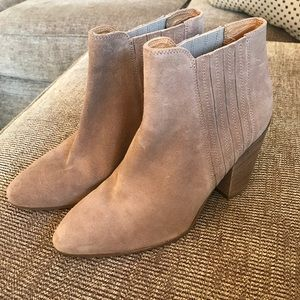 Kenneth Cole Suede Booties