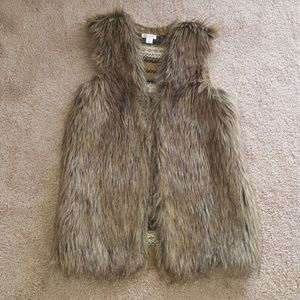 Faux fur knit vest Xhilaration Size Small
