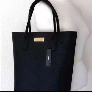 AUTHENTIC NEW DKNY Black SAFFINO Leather Handbag.
