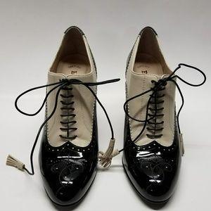 Bally spectator Glania shoe.
