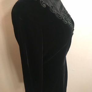 Vintage Dresses - Vintage velvet cocktail holiday party dress