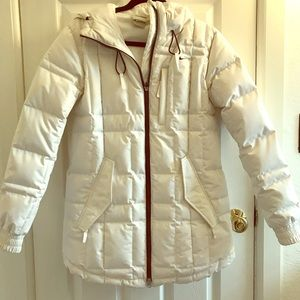Nike 550 white puffer coat. Size small.
