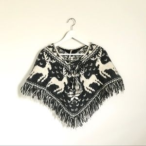Free People Knit Reindeer Gray Ivory Tie Poncho