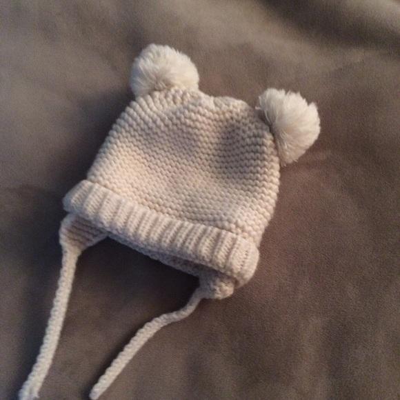 b8d47887907 Zara baby knit Pom Pom hat. M 5a089221ea3f361746121a6d