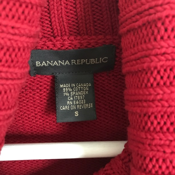 Banana Republic Sweaters - Banana Republic Red Chiny Knit Turtleneck Sweater
